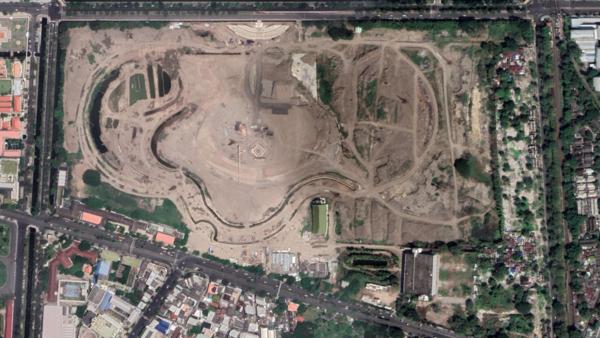 The former Royal Turf Club of Thailand (Nang Loeng Racecourse)
