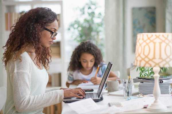 What HR And Business Leaders Can Do To Better Support Moms