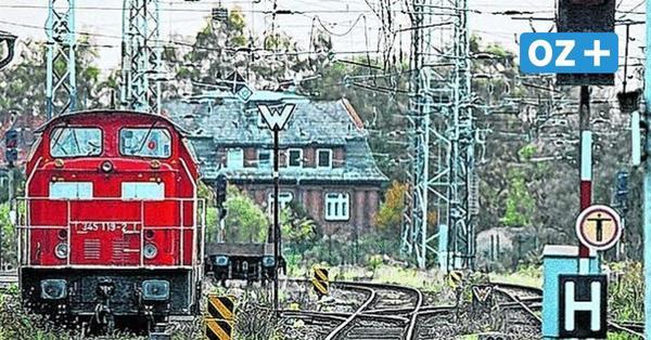 Vater raucht Zigarette auf Gleis in Bad Kleinen: Zug fährt mit Kleinkindern davon