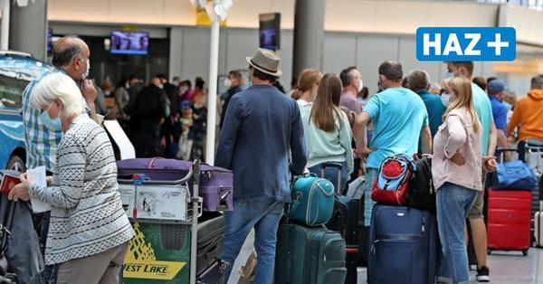 Ärger über Wartezeit am Flughafen: Bundespolizei bekommt Sicherheit nicht in den Griff