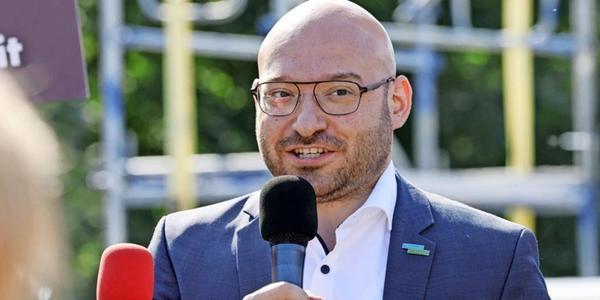 Frankfurts Oberbürgermeister René Wilke (Linke) rät von Koalition mit eigener Partei ab