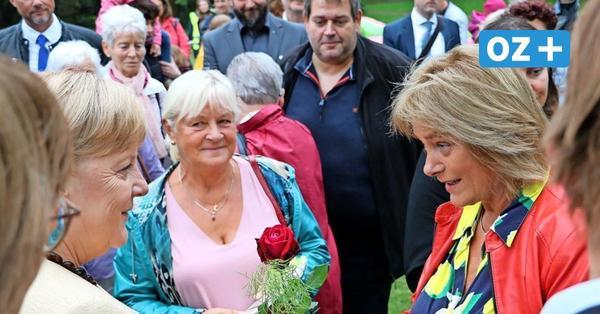 Merkel auf Rügen: Selbstgepflückte Rosen und warme Worte up Platt zum Abschied