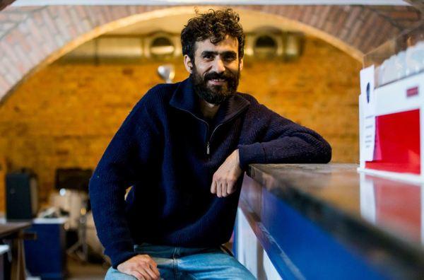 Mehmet Nar hat den alten Club Laguna umgekrempelt und öffnet heute. Foto: Julius Frick