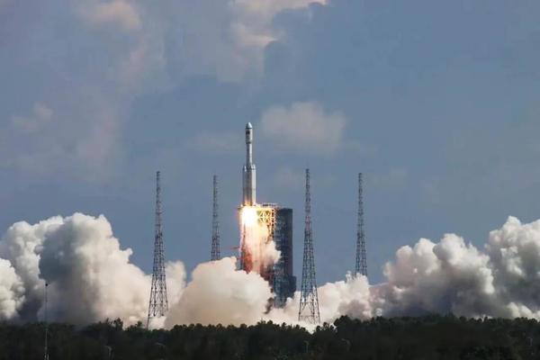 Launch of the Tianzhou-3 cargo