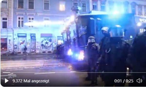 Räumung einer Straße in Leipzig-Connewitz - Sekunden vor einem Übergriff