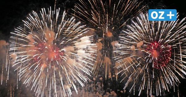 Rügen feiert den Tag der Deutschen Einheit: Feuerwerk im Klosterhof