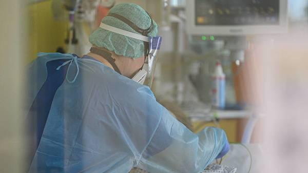 Covid-Medikament: Antikörpertherapie von Roche - Präparat Ronapreve zeigt Wirkung gegen Corona