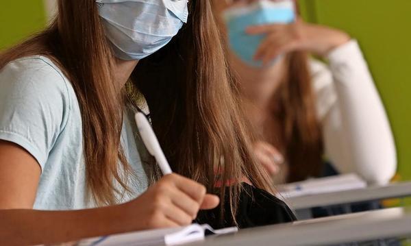 Niedersachsen hält an Masken im Unterricht fest – zumindest bis November