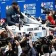 Sports media remains overwhelmingly white and male, study finds
