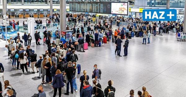 Warteschlangen am Flughafen: Starten wir so in die Herbstferien?