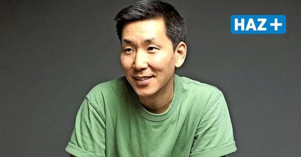 """Was fühlen Sie, wenn Menschen """"Drei Chinesen mit dem Kontrabass"""" singen, Herr Joung?"""