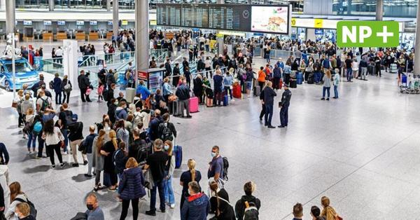 Warteschlangen am Flughafen Hannover:Läuft so der Start in die Herbstferien?