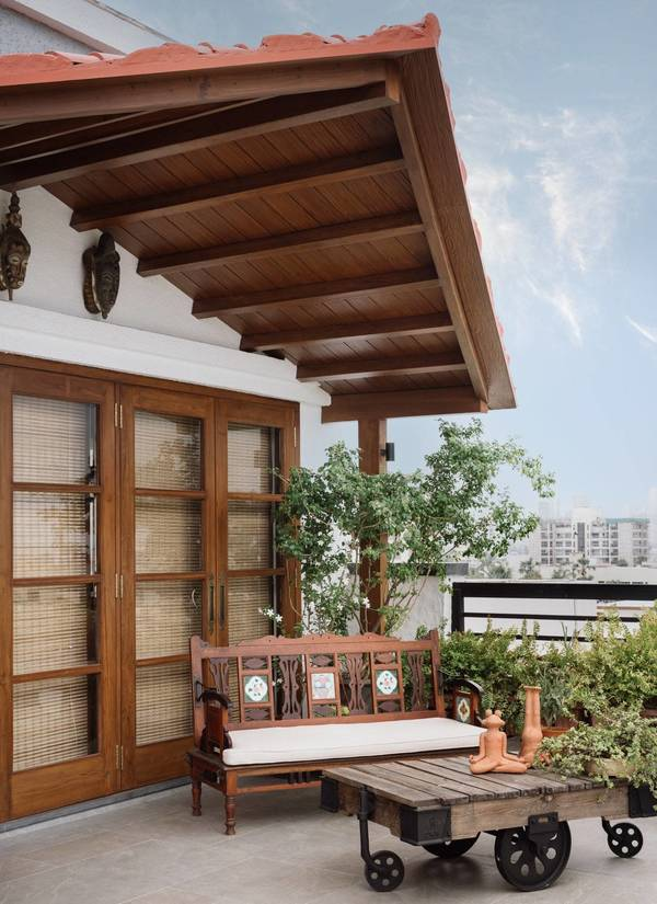 An apartment in Bandra that is refusing modern minimalism for old-world charm   Architectural Digest India