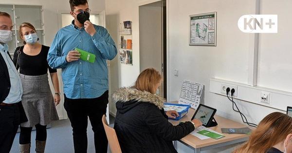 """Im """"Medialab"""" der Stadtbücherei in Bad Segeberg wird Medienkompetenz vermittelt"""