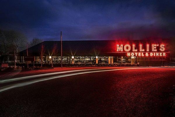 Si echas de menos el Bates Motel siempre puedes ir por el Mollie's.