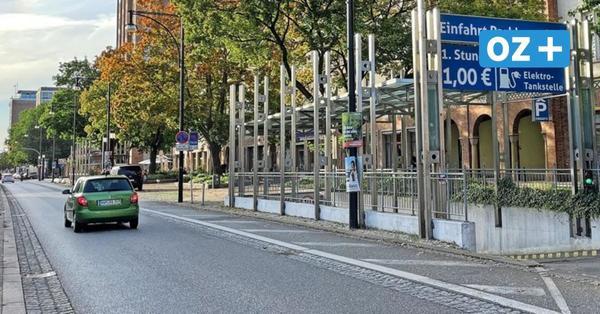 350 Parkplätze in Rostocks Innenstadt fallen bald weg: Schwierig für Geschäfte
