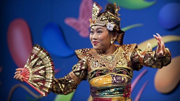 Balinese dans   © ANP, fotograaf: Phil Nijhuis