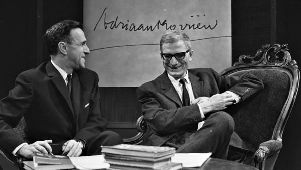 Het AVRO-programma 'Literaire Ontmoetingen' in 1964   © ANP, fotograaf: Ben Hansen