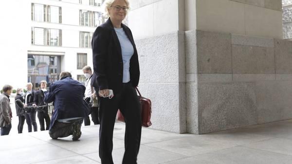 """Gendersternchen ist """"rechtschreibwidrig"""": Frauenministerin Lambrecht gibt andere Empfehlung aus"""