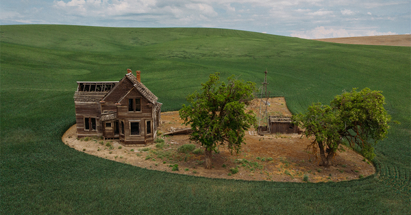 Ghostly Aerial Photos Frame Isolated and Abandoned Houses Scattered Across North America   Colossal