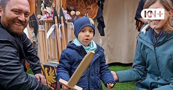 Mittelaltermarkt auf der Schlosswiese in Bad Bramstedt fasziniert die Besucher