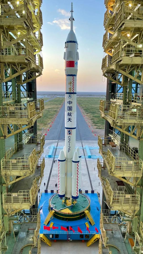 The Long March 2F rocket was rolled out at the Jiuquan Launch Center