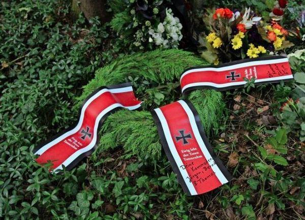 Kranz am Grab des Antisemiten Hafenmayer. Foto: Recherchenetzwerk Berlin