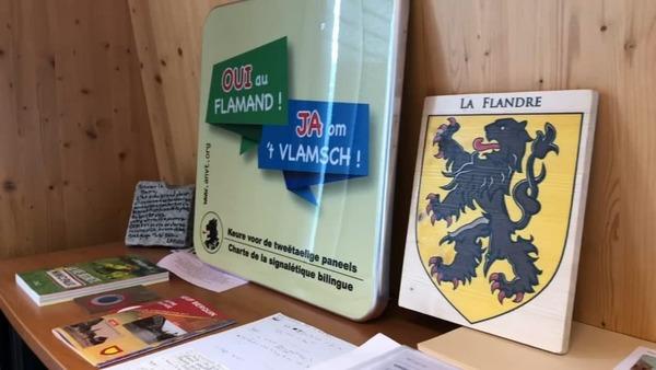 Flandre: de plus en plus de communes adoptent une charte pour favoriser la langue flamande - Meer en meer gemeenten willen Frans-Vlaams dialect promoten
