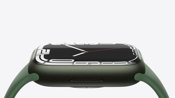 Apple Watch Series 7 review roundup: Bigger is a bit better
