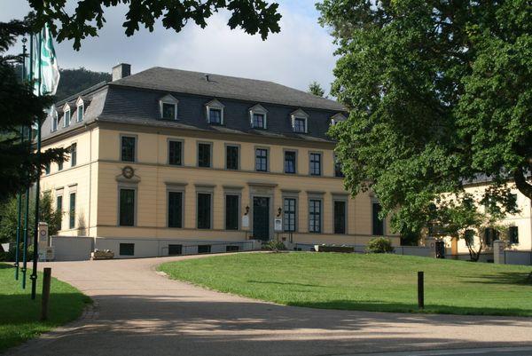 Das Jagdschloss Springe wurde von Hofbaumeister Laves für Hannover Könige erbaut. (Foto: Andreas Zimmer)