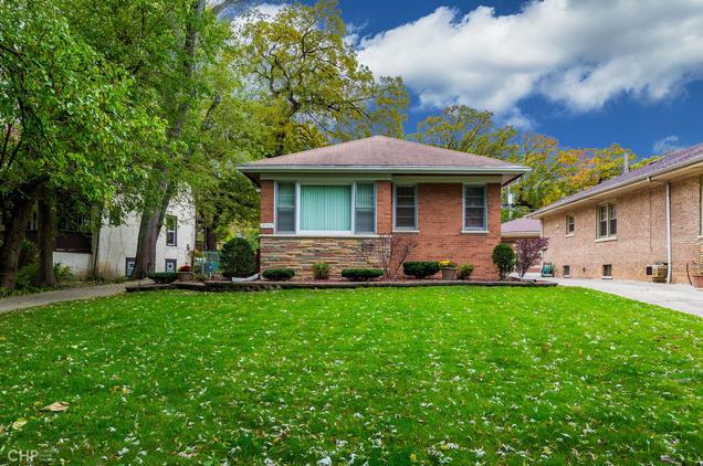 Photo of 10722 Prospect Chicago IL 60643