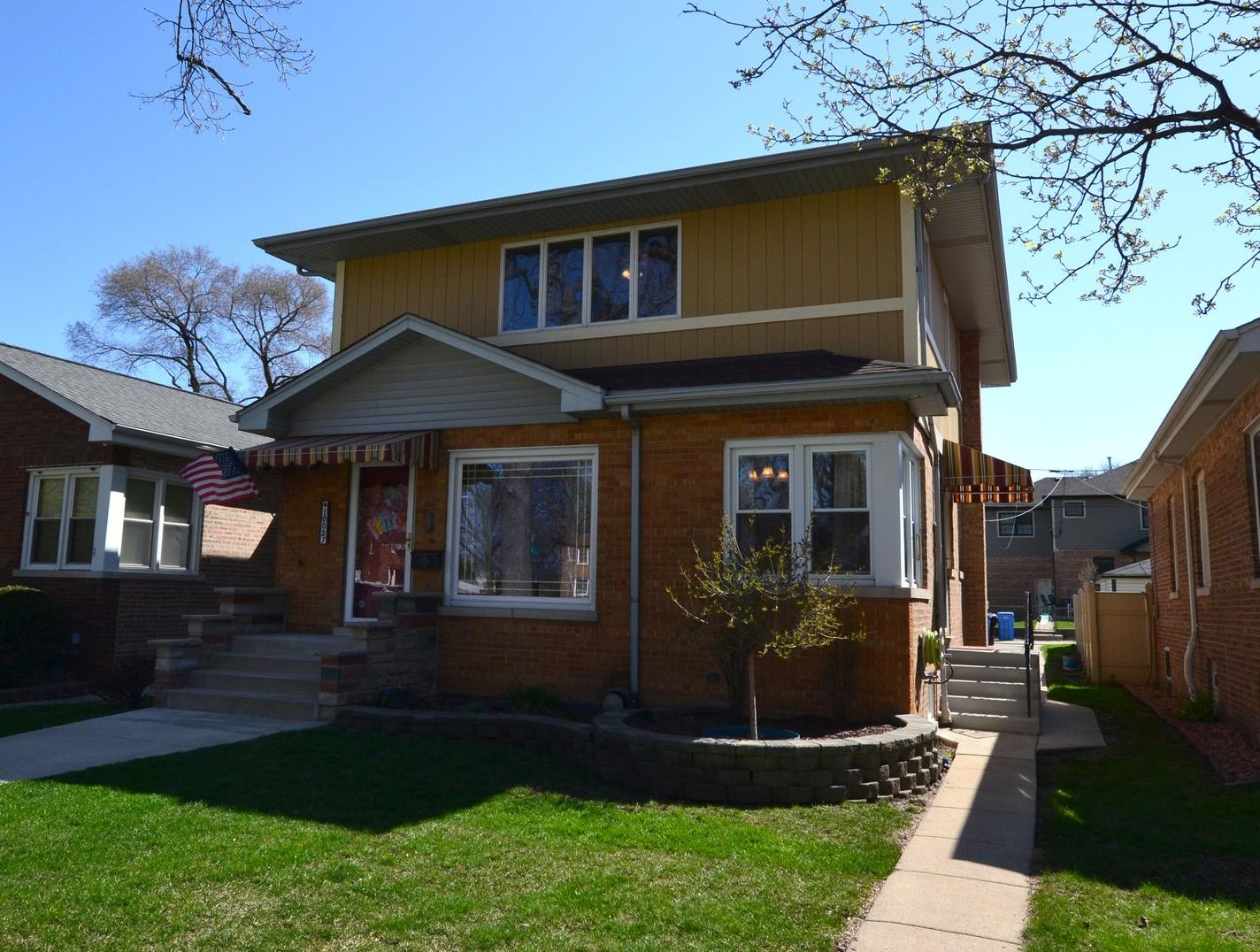 Photo of 10037 Maplewood Chicago IL 60655