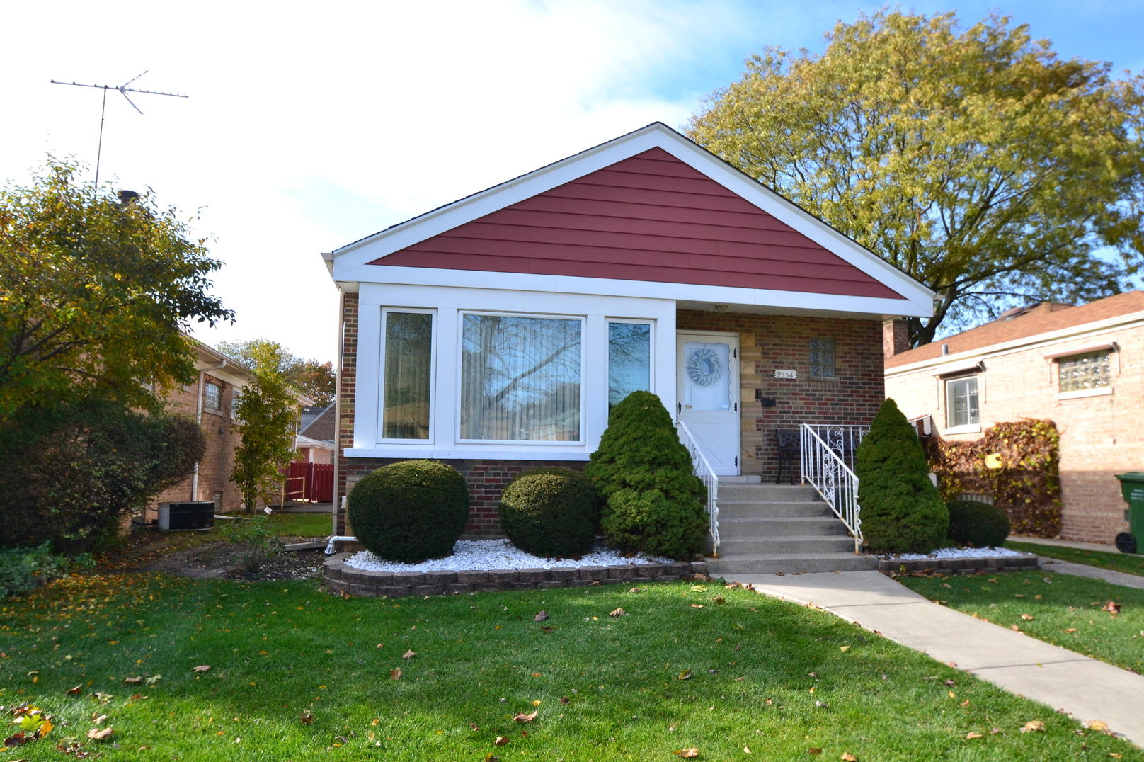 Photo of 9556 Mozart Evergreen Park IL 60805