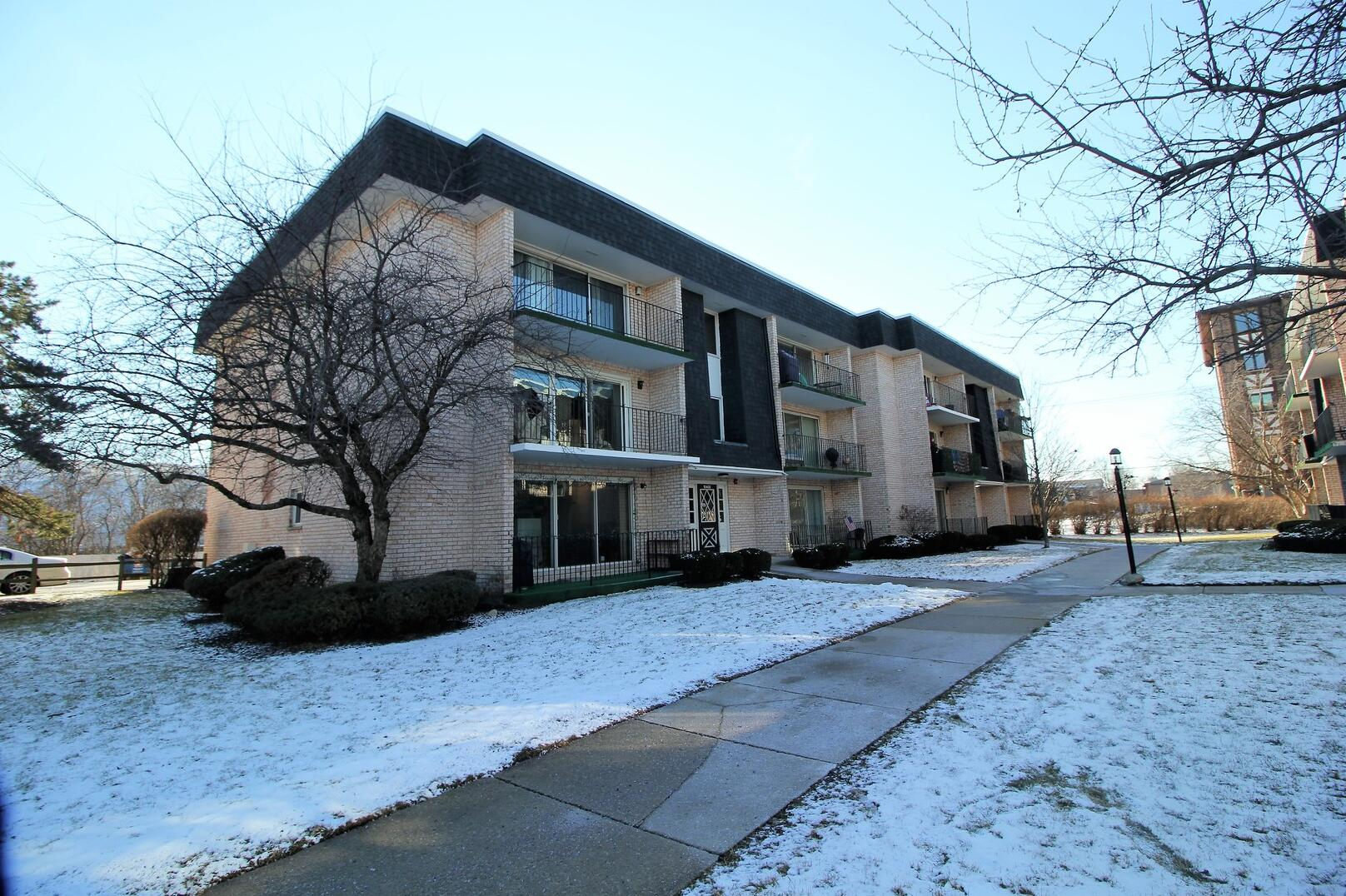 Photo of 10400 Parkside Oak Lawn IL 60453