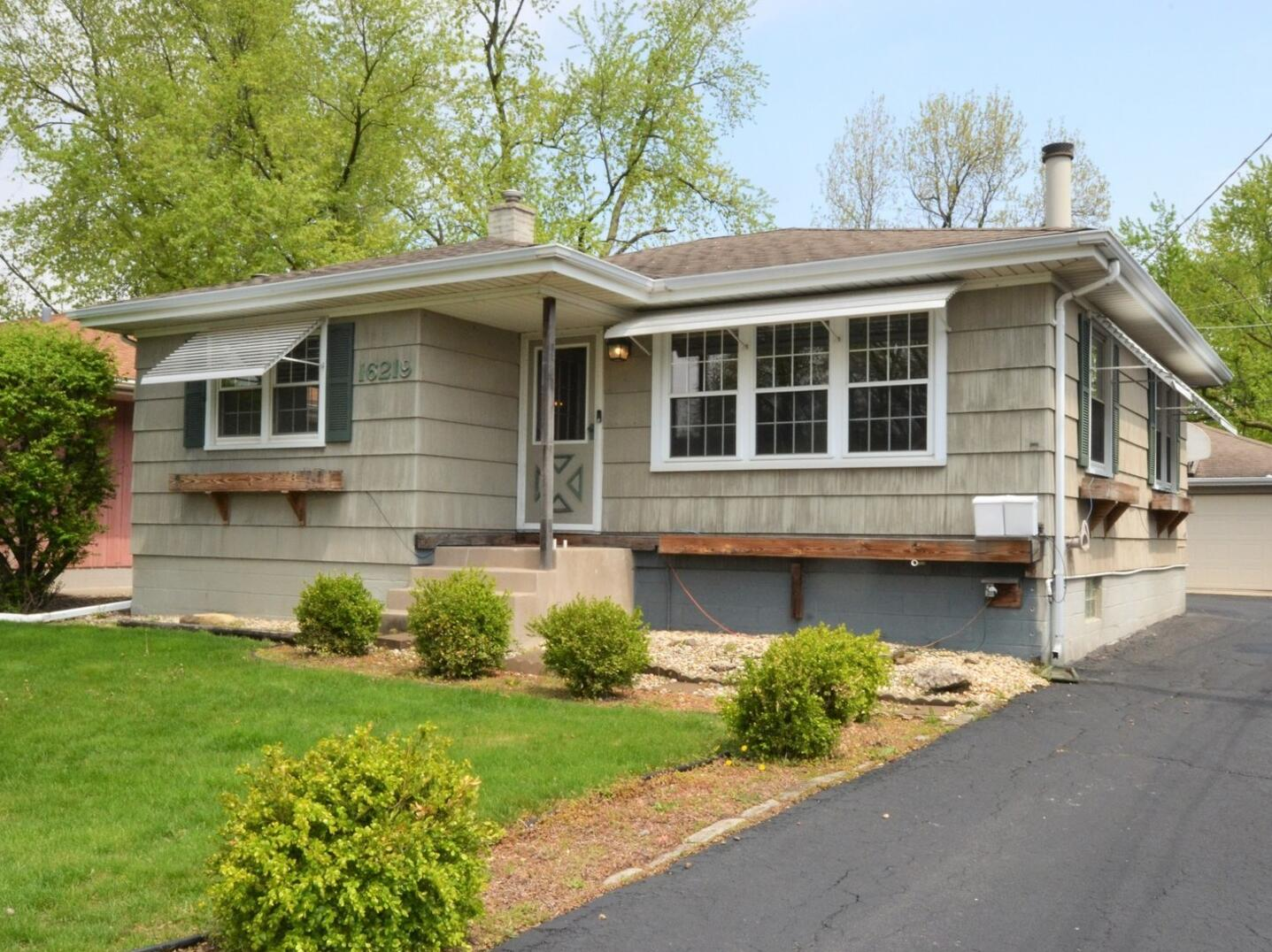 Photo of 16219 Lowell South Holland IL 60473