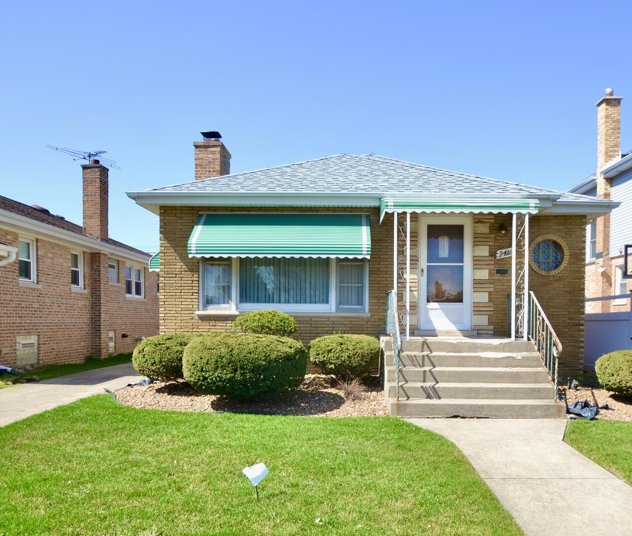 Photo of 9416 Avers Evergreen Park IL 60805