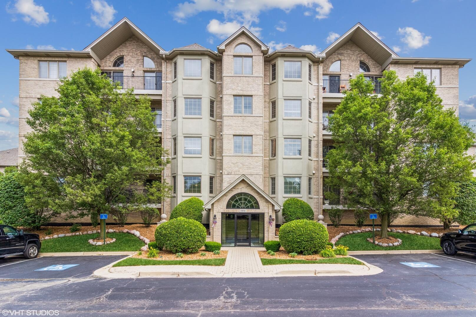 Photo of 11910 Windemere Orland Park IL 60467