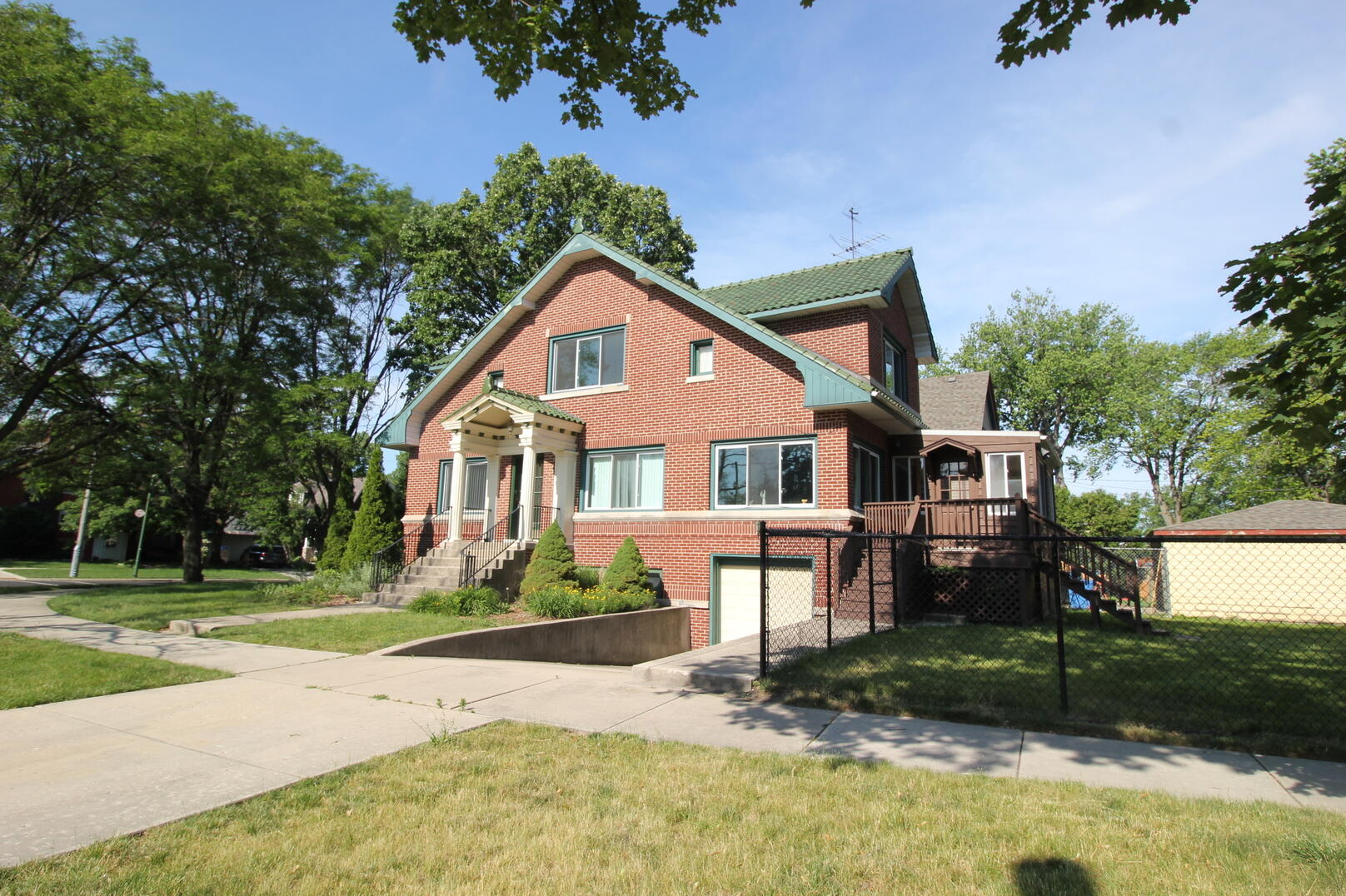 Photo of 10874 Bell Chicago IL 60643