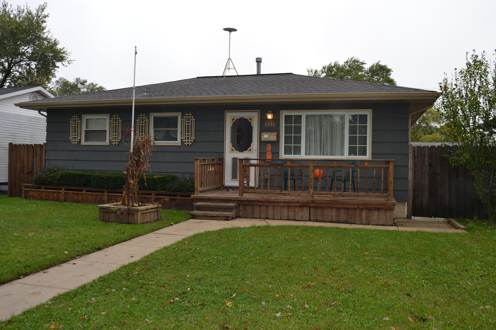 Photo of 3232 Lynwood South Chicago Heights IL 60411