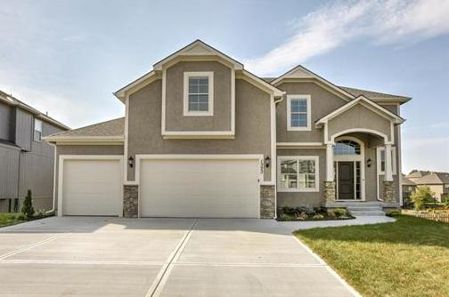 Photo of 7225 NW Forest Lakes Drive Parkville MO 64152