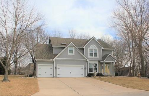 Photo of 1113 SW Coachlight Drive Lee's Summit MO 64081