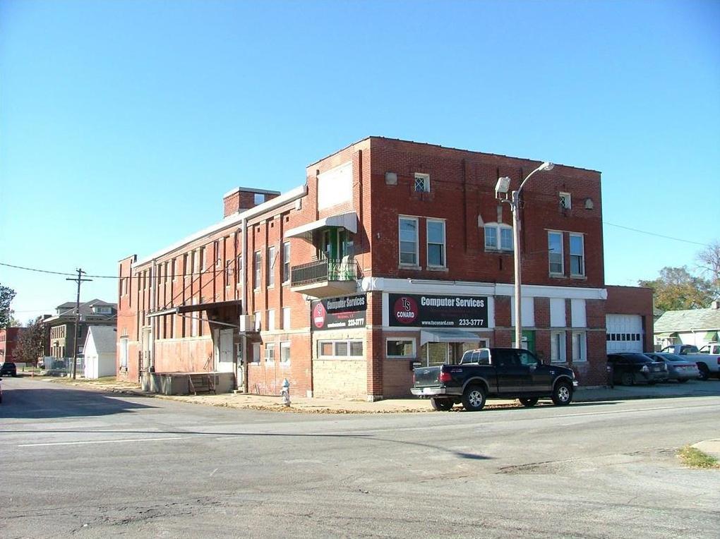 Photo of 1522 S 10th Street St Joseph MO 64503
