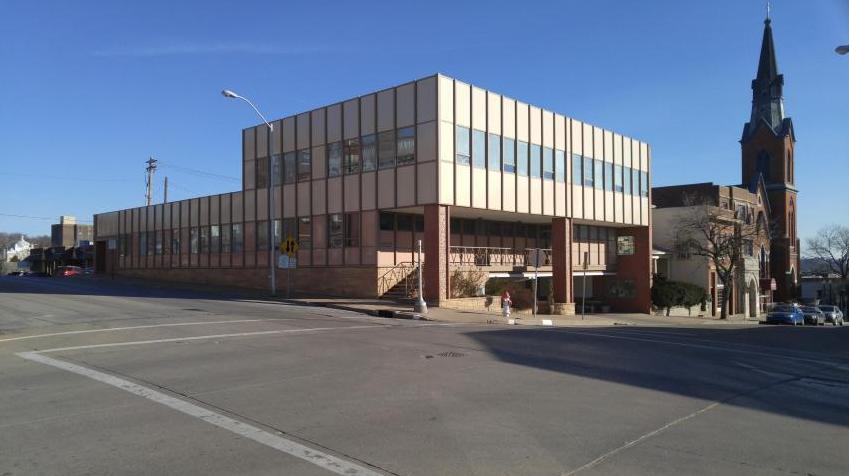 Photo of 702 Jules Street St Joseph MO 64501