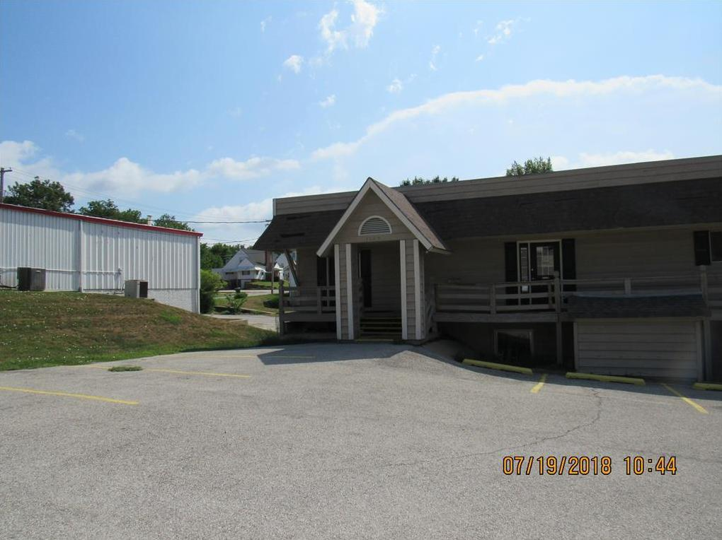 Photo of 1105 S Belt Highway St Joseph MO 64507