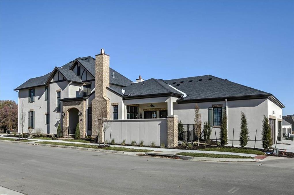 Photo of 5307 Meadowbrook Parkway Prairie Village KS 66207