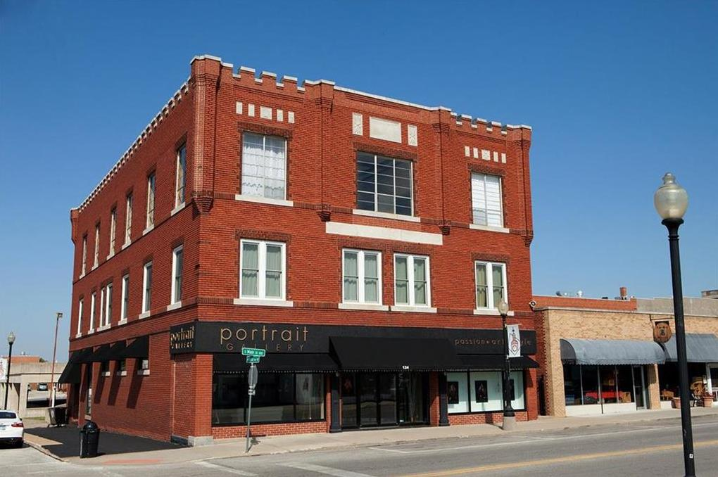 Photo of 124 S MAIN Street Independence MO 64050
