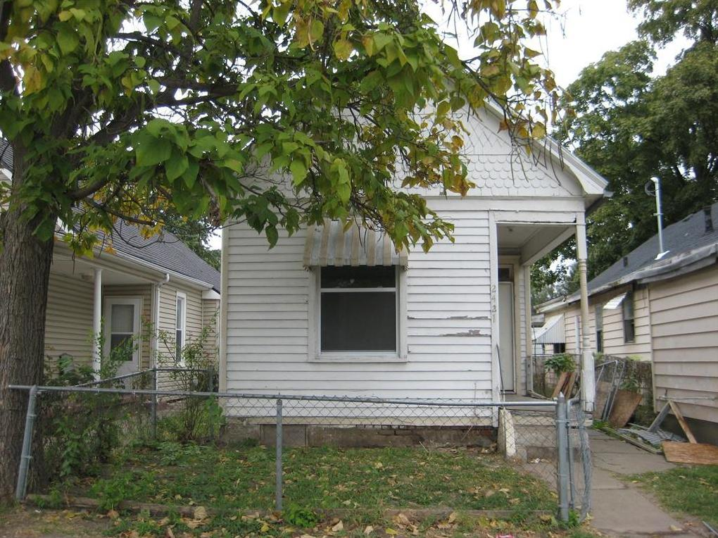 Photo of 2421 Messanie Street St Joseph MO 64501