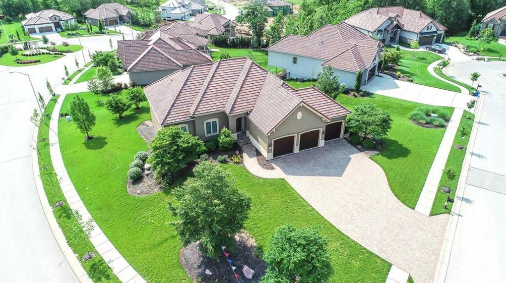 Photo of 5959 N Saline Avenue Kansas City MO 64151