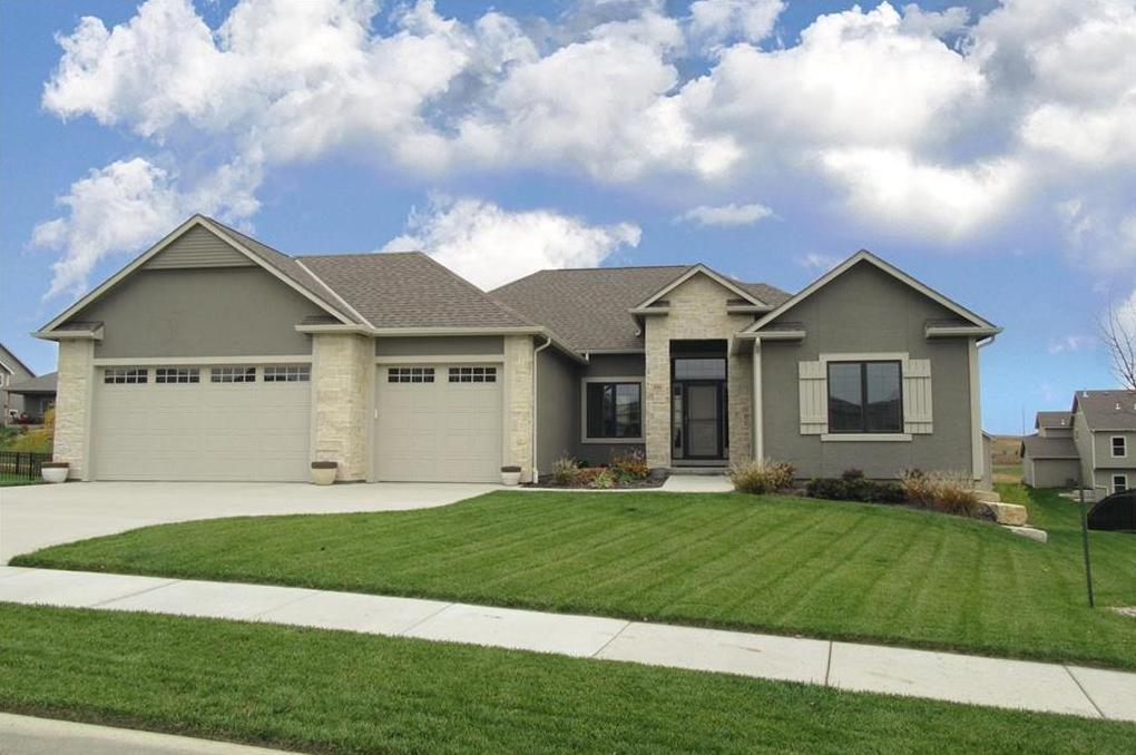Photo of 335 Headwaters Drive Lawrence KS 66049