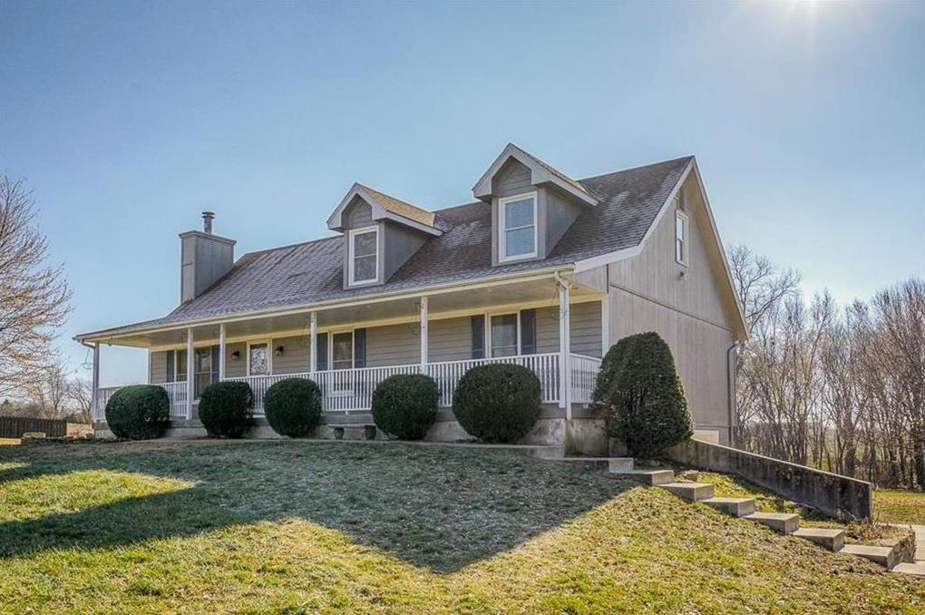 Photo of 8325 Hoover Road Platte City MO 64079